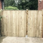 feather edge panel and gate